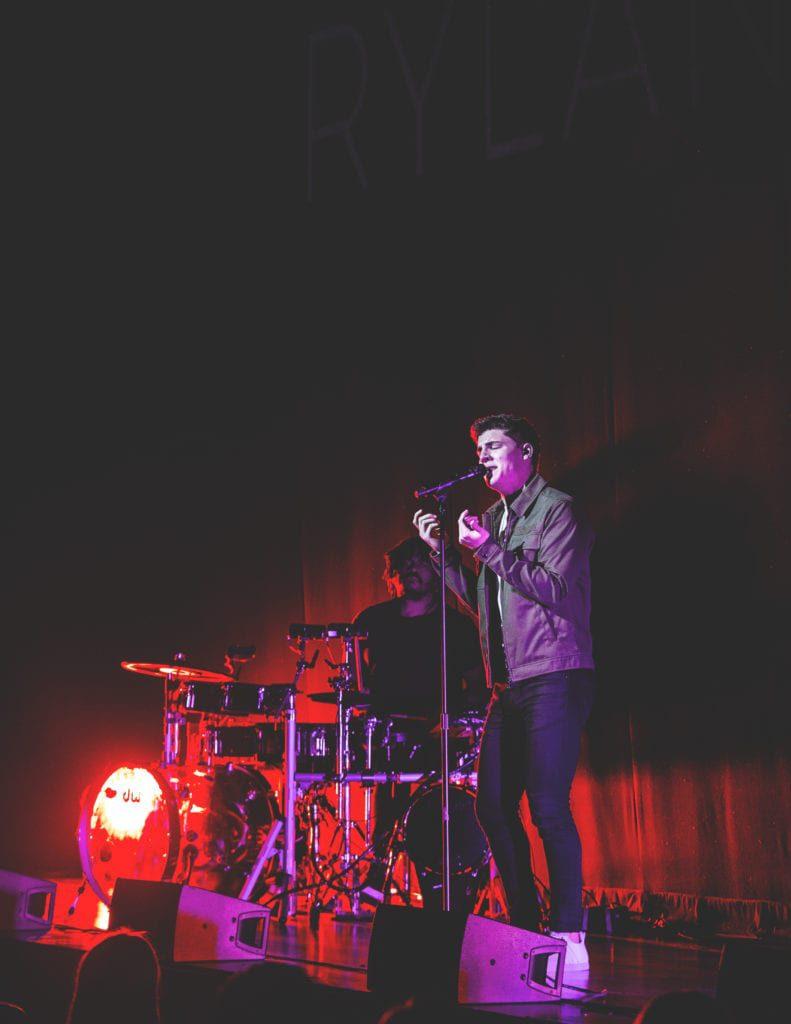 Ryland James - Live