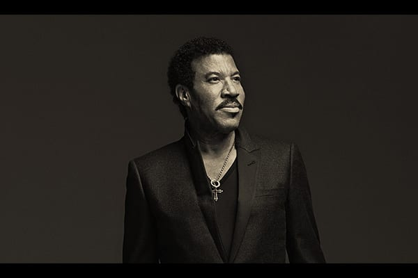 Lionel Ritchie - This Week in Music