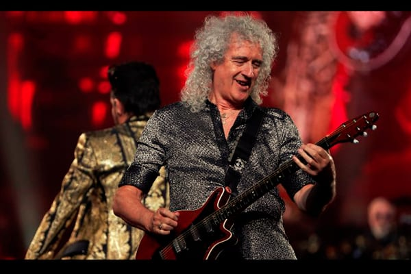 Brian May - This Week in Music