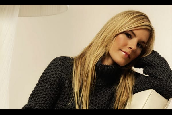 Jennifer Paige - This Week in Music