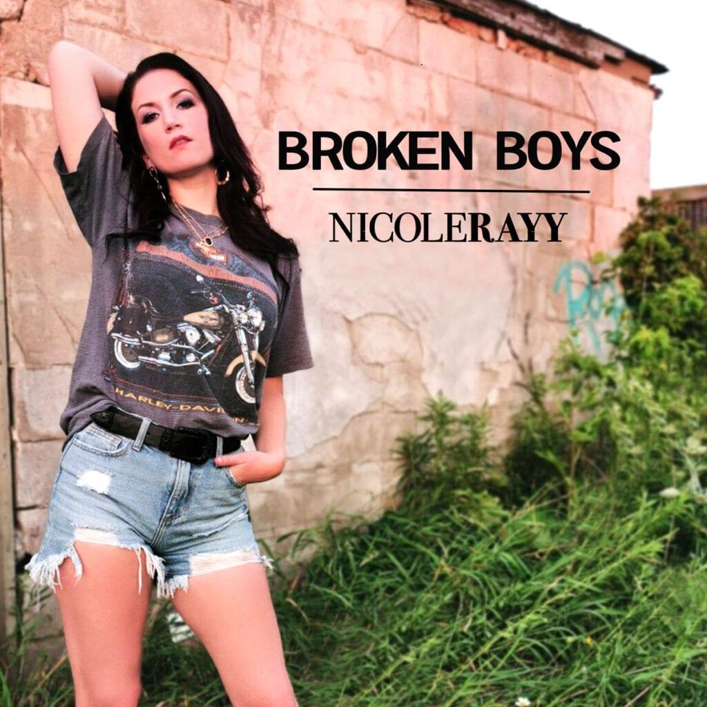 Spotlight – Nicole Rayy